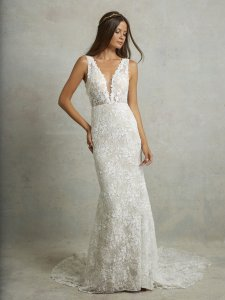 Ivory Lace Montgomery Lined Lining) Traditional Wedding Dress Size 12 (L)