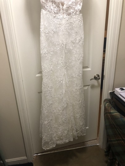 Ivory Lace Montgomery Lined Lining) Traditional Wedding Dress Size 12 (L) Image 4