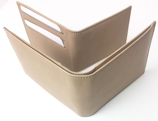 Gucci Gucci Washed Soft Leather Beige Trifold Wallet 333042 Image 3