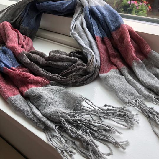N/a Red and Blue Fall/Winter Scarf Image 2