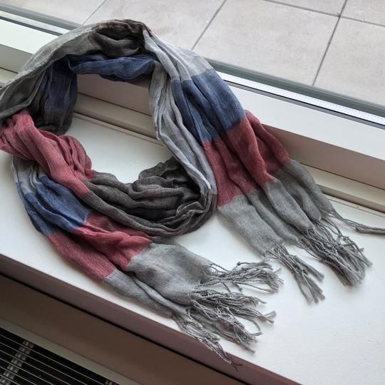 N/a Red and Blue Fall/Winter Scarf Image 3