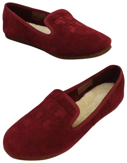 Preload https://img-static.tradesy.com/item/24431565/tory-burch-red-cowley-port-royal-quilted-suede-reva-lamb-fur-smoking-slippers-flats-size-us-9-regula-0-1-540-540.jpg