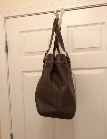 coach Purse Handbag Tote Shoulder Weekend/Travel Satchel in Brown Silver Image 2