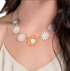 Anthropologie NWT Faceted Daisy Statement Necklace
