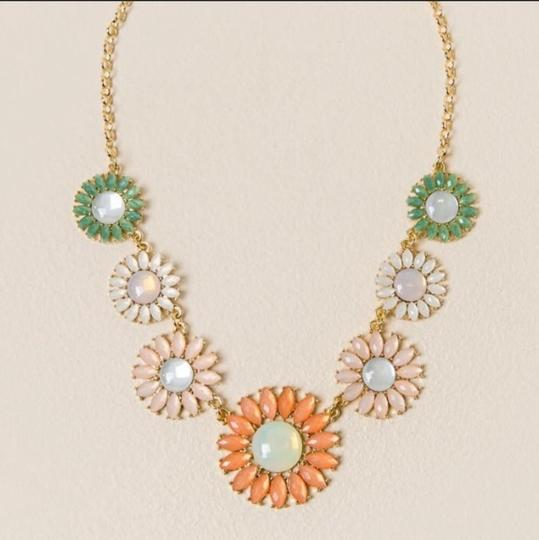 Anthropologie NWT Faceted Daisy Statement Necklace Image 1