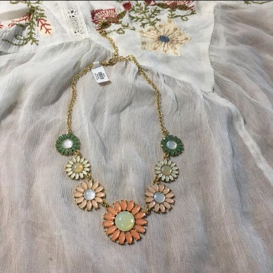 Anthropologie NWT Faceted Daisy Statement Necklace Image 4