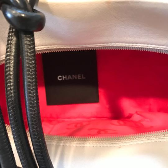 Chanel Satchel in white X Large bags Image 2