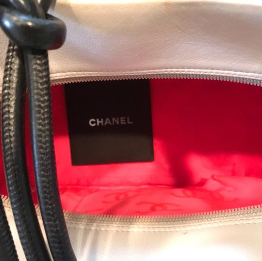 Chanel Satchel in white X Large bags Image 3