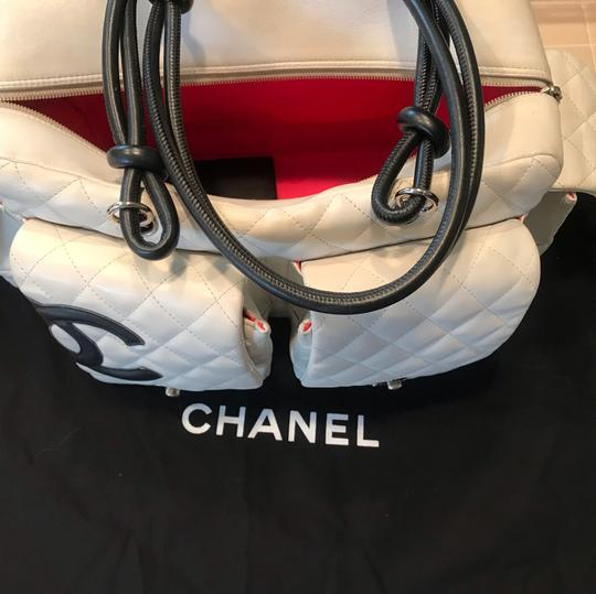 Chanel Satchel in white X Large bags Image 5