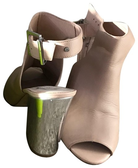 Preload https://img-static.tradesy.com/item/24431881/ted-baker-beige-and-silver-mules-bootsbooties-size-us-85-regular-m-b-0-2-540-540.jpg