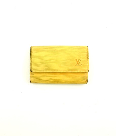 Preload https://img-static.tradesy.com/item/24431944/louis-vuitton-yellow-epi-coated-leather-multicles-6-key-holder-case-0-0-540-540.jpg