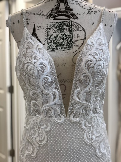 Ivory/Light Nude Lace Sequins 18113 Vanessa Sexy Wedding Dress Size 6 (S) Image 1
