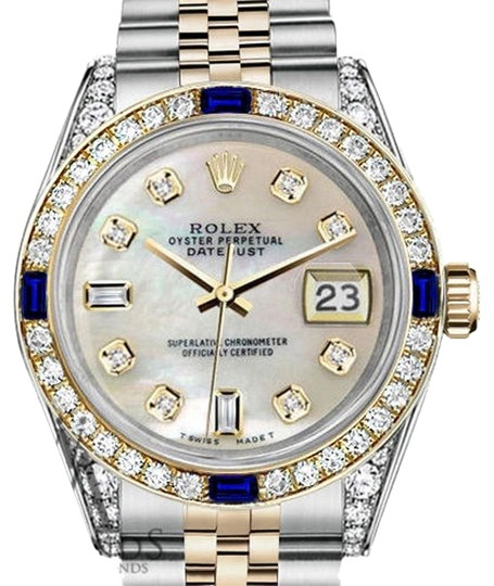 Preload https://img-static.tradesy.com/item/24432030/rolex-36mm-datejust-white-mop-dial-sapphire-and-diamond-bezel-watch-0-1-540-540.jpg