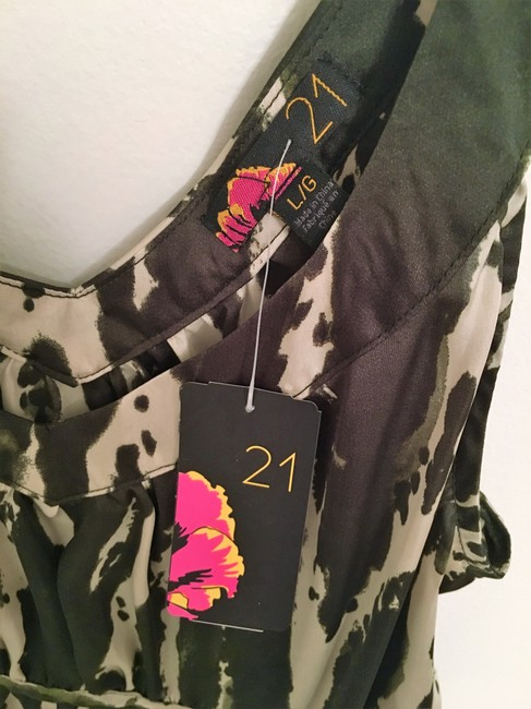 Forever 21 Forest Pattern Top Green & Cream Image 3