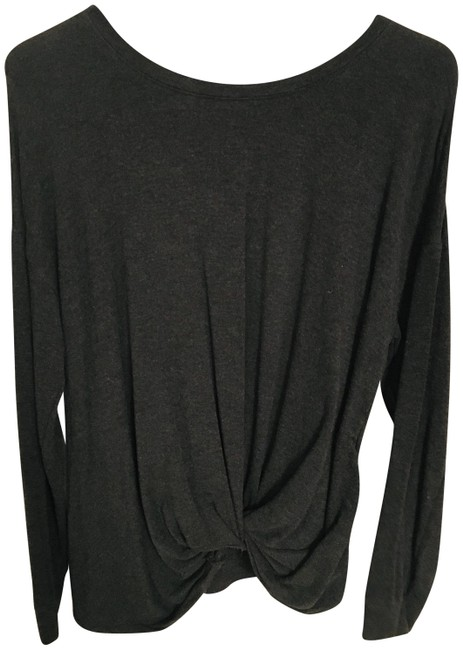 Preload https://img-static.tradesy.com/item/24432182/a-new-day-with-twisted-front-dark-gray-sweater-0-1-650-650.jpg