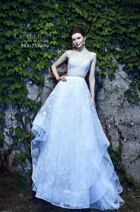 Ivory with Silver Tulle Sasha Formal Wedding Dress Size 10 (M)