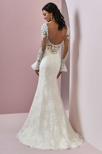 Preload https://img-static.tradesy.com/item/24432303/maggie-sottero-ivory-tulle-with-lace-bonnie-sexy-wedding-dress-size-8-m-0-0-540-540.jpg