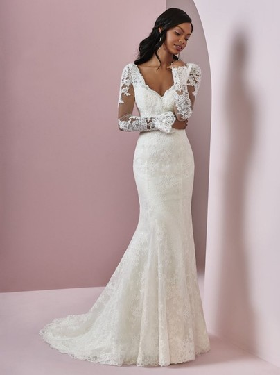 Maggie Sottero Ivory Tulle with Lace Bonnie Sexy Wedding Dress Size 8 (M) Image 1