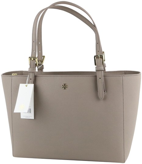 Preload https://img-static.tradesy.com/item/24432580/tory-burch-emerson-small-buckle-french-gray-saffiano-leather-tote-0-5-540-540.jpg
