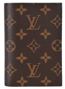 Louis Vuitton New Louis Vuitton M64502 Logo Coated Canvas Passport Case Wallet