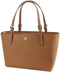 Tory Burch Tote in Tiger's Eye