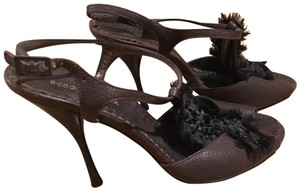 BCBGMAXAZRIA Stones Satin Accent Brown and Black Pumps