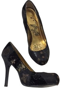 Naughty Monkey Black/multi color-gold Pumps