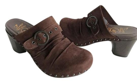 Preload https://img-static.tradesy.com/item/24434848/dansko-brown-suede-studded-with-buckle-mulesslides-size-eu-40-approx-us-10-regular-m-b-0-1-540-540.jpg