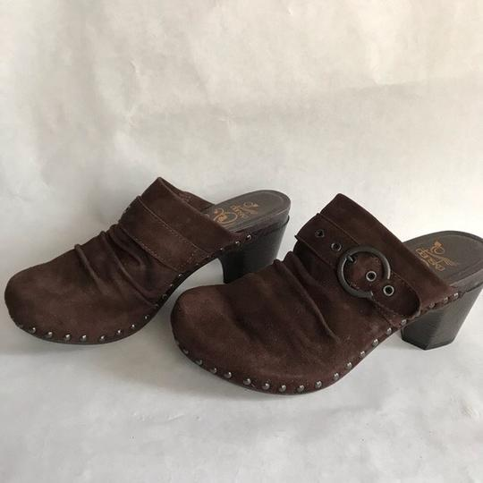 Dansko Studded brown Mules