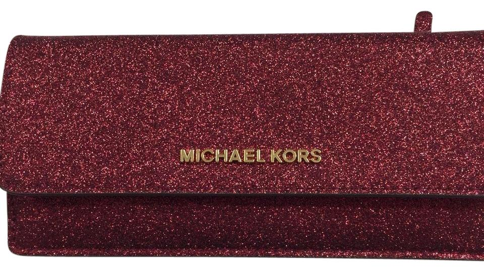 12bbd53302da Michael Kors Giftables Cranberry Red Glitter Metallic Leather Flat Wallet &  Clutch Image 0 ...