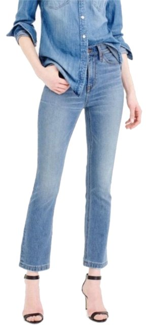 Preload https://img-static.tradesy.com/item/24435042/jcrew-light-wash-billie-demi-boot-cut-capricropped-jeans-size-32-8-m-0-4-650-650.jpg