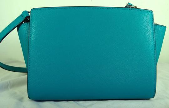 Michael Kors Leather 889154331761 Tile Blue Messenger Bag