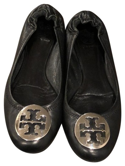 Preload https://img-static.tradesy.com/item/24435105/tory-burch-black-reva-flats-size-us-75-regular-m-b-0-3-540-540.jpg