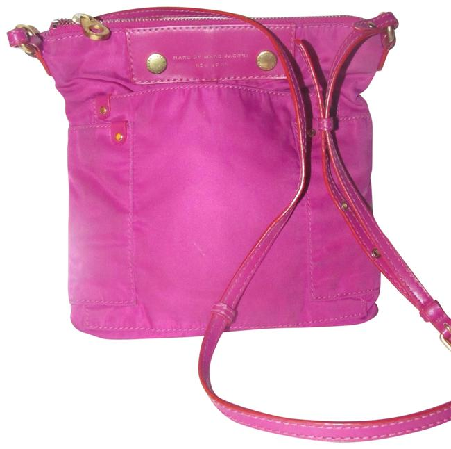 Item - Purses/Designer Purses Magenta Canvas and Leather and Bold Gold Hardware Cross Body Bag