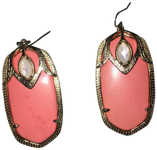 Preload https://img-static.tradesy.com/item/24435147/kendra-scott-coral-darby-earrings-0-1-540-540.jpg