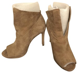 Vince Camuto Tan/camel Boots