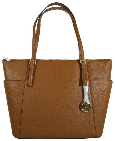 Preload https://img-static.tradesy.com/item/24435232/michael-kors-east-west-top-zip-pebbled-large-luggage-leather-tote-0-1-540-540.jpg