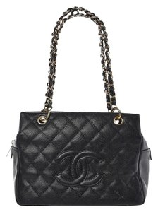 Chanel Vintage Caviar Shoulder Tote in black