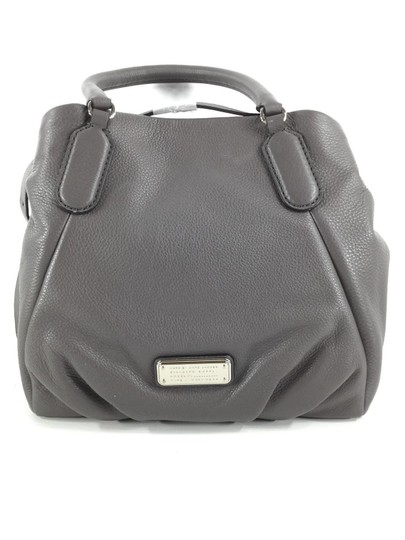 Preload https://img-static.tradesy.com/item/24435332/marc-jacobs-new-q-fran-italian-convertible-satchel-purse-new-with-tags-faded-aluminum-greysilver-har-0-3-540-540.jpg