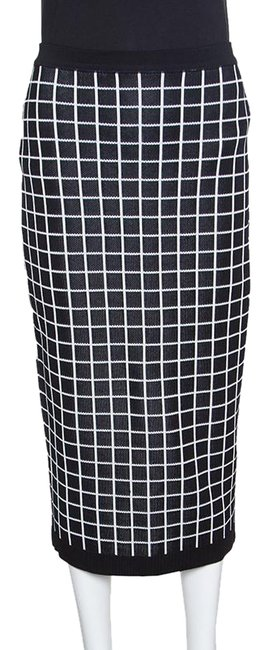 Preload https://img-static.tradesy.com/item/24435368/balmain-black-monochrome-windowpane-checked-pencil-skirt-size-6-s-28-0-1-650-650.jpg