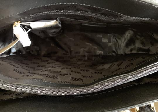 Michael Kors Leather 190049114827 Tote in Black