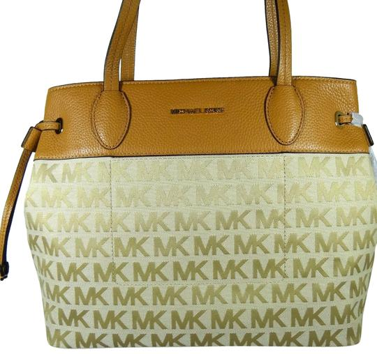 Michael Kors Canvas/Leather Beige/Camel 190864480473 Tote in Beige/camel