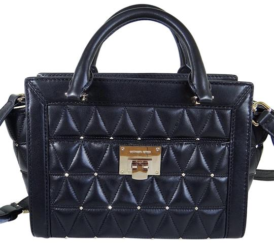 Preload https://img-static.tradesy.com/item/24435421/michael-kors-vivianne-quilted-stud-small-black-leather-messenger-bag-0-1-540-540.jpg