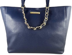 Michael Kors Leather 889154263871 Tote in Navy