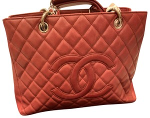 Chanel Tote in dark red