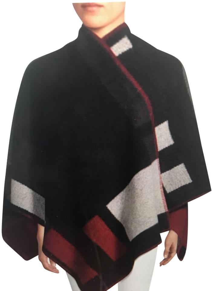 c21fee7a7e9 Burberry Navy Geometric Print Cashmere Wool Poncho Cape Size OS (one ...