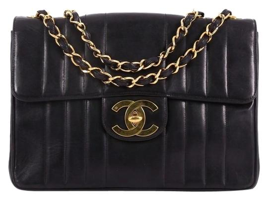 Preload https://img-static.tradesy.com/item/24436743/chanel-classic-flap-vintage-classic-single-quilted-maxi-black-lambskin-leather-shoulder-bag-0-1-540-540.jpg