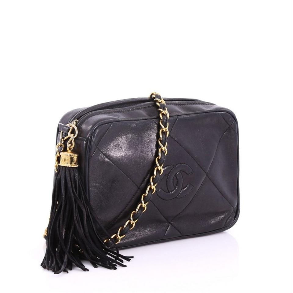 861cb71e8625 Chanel Camera Vintage Diamond Cc Quilted Small Black Leather Cross Body Bag  - Tradesy