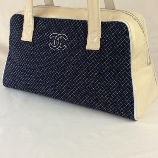 Chanel Tote in BLUE WHITE Image 2