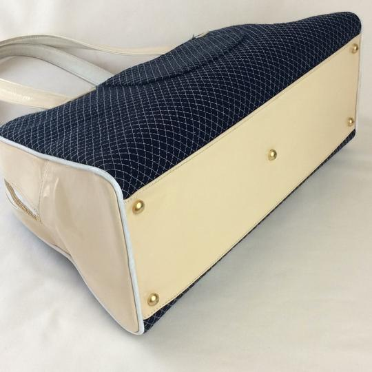 Chanel Tote in BLUE WHITE Image 5